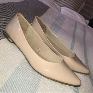 Nude Express flats - Size 10 NEW